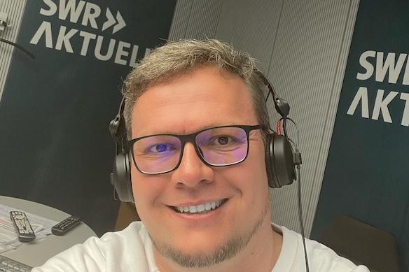 Arne Wiechern im SWR Aktuell-Studio